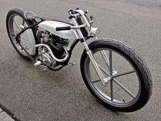 Custom boardtrack style Honda XL 230 by Wedge Motorcycles Custom Moped, Custom Paint Motorcycle, Motorcycle Types, Custom Choppers, Motorcycle Design, Custom Bikes, Chopper Motorcycle, Bobber Chopper, Moto Bike