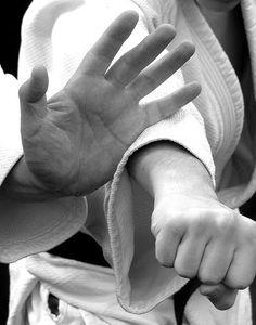 Mind Deep: The Aikido of Mindful Communication