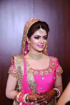 Enchanting Indian Wedding Makeup For The Bride Indian Wedding Makeup, Wedding Makeup Artist, Saris, Bridal Looks, Bridal Style, Punjabi Bride, Punjabi Suits, Punjabi Wedding, Bridal Photography
