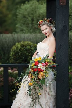 Autumn wedding Inspiration ~ Rustic native bouquet with ruby red roses ~ rustic native circlet headpiece