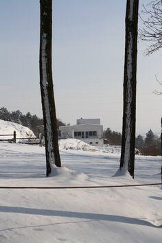 Haus in Eisenstadt, Buchgrabenweg, 2010, Klaus-Jürgen Bauer Architekten My Design, Snow, Windows, Doors, Spaces, Outdoor, Trench, Architects, House