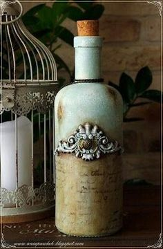 Each of these vodka flask activities provide a mass of techniques to pull out and reinvent this everyday item. Diy Bottle, Wine Bottle Crafts, Bottle Art, Recycled Glass Bottles, Shabby, Iron Orchid Designs, Altered Bottles, Vintage Bottles, Bottle Painting