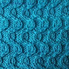 Knitting Stitch Patterns -- Cable & Twist Stitches--                 Berry field