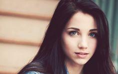 brunette girl blue eyes she's so beautiful!!!
