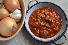 Sos de rosii pentru pizza pentru paste (5) Pizza, Chana Masala, Salsa, Cooking Recipes, Ethnic Recipes, Food, Dressing, Sweet, Canning