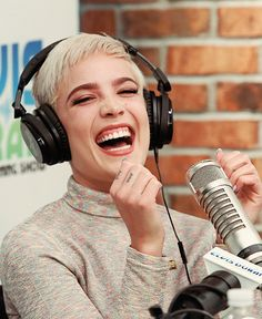 katie, maryland // who the fuck is hasley. Ghost Halsey, Halsey Singer, Lilac Sky, Confident Woman, Pop Singers, Pixie Hairstyles, Celebs, Celebrities, Woman Crush