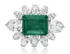 Emerald and Diamond brooch - belonged to the Duchess of Windsor