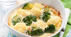 Brokkoli und Blumenkohl kommen zu Hause nicht so gut an? Dann probiert mal diesen Auflauf mit viel Käse überbacken.