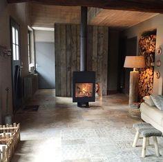 Draaibare, vrijstaande houtkachel Fire, Home Decor, Style, Workshop, Swag, Decoration Home, Room Decor, Stylus, Interior Design