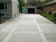 Broom Finish - Driveway Concrete Driveways KMM Decorative Concrete Northbridge, MA