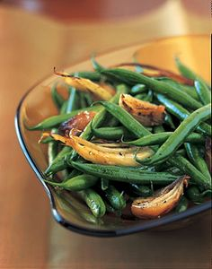 Haricots Verts, Roasted Fennel, and Shallots--Pretty good. Didn't use as much fennel as stated so next time I will :) Thanksgiving Vegetables, Thanksgiving Appetizers, Thanksgiving Recipes, Thanksgiving Prayer, Thanksgiving Sides, Vegan Appetizers, Thanksgiving Outfit, Thanksgiving Decorations, Holiday Recipes