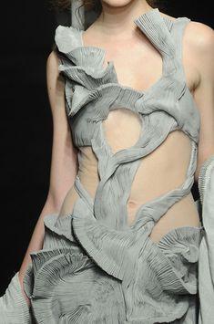 Yiqing Yin Fall 2012 - Details