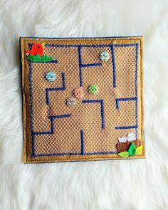 Easy DIY Felt Crafts, Felt Crafts Patterns and Felt Fabric Crafts Ideas. Felt Crafts Kids, Felt Crafts Patterns, Fabric Crafts, Diy Crafts, Diy Quiet Books, Felt Quiet Books, Sensory Book, Fidget Quilt, Toddler Books