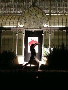 Performance al giardino dell'Orticoltura a Firenze. danza Sara Nesti. Tutu dipinto di Rita Pedullà. www.ritapedulla.it #tutu #dance #garden #painting #oiloncanvas #ritapedullà