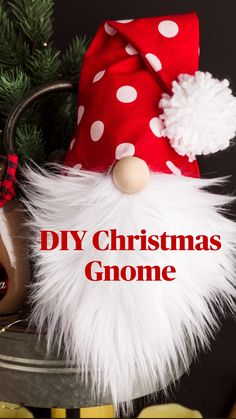 Christmas Decorations For The Home, Easy Christmas Crafts, Christmas Gnome, Homemade Christmas Gifts, Christmas Wood, Christmas Projects, Fall Crafts, Crafts For Kids, Christmas Ornaments