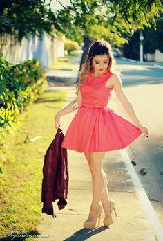 NO LOOK JAQUETA COM VESTIDO - Ligada na Moda