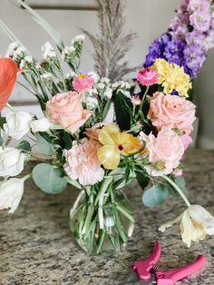 Flowers: a love language Lilac Flowers, Love Languages, Floral Wreath, Bouquet, Pastel, Joy, House, Style, Dwarf Lilac