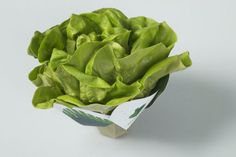 This Lettuce Packaging Uses Vegetable Inks & Sugar-Based Materials #eco trendhunter.com