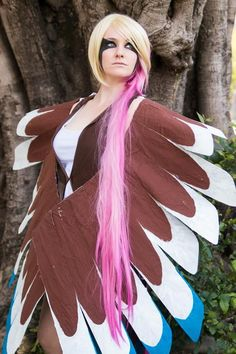 Awesome and creative cosplays of Pokemon. Found in anime geek conventionד worldwide. Pokemon Costumes, Pokemon Cosplay, Cool Costumes, Cosplay Costumes, Best Cosplay, Awesome Cosplay, Popular Anime, Geek Girls, Cosplay Pokemon
