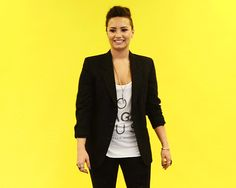 You get perfume in your eyes. | 14 Insanely Specific Demi Lovato Reaction GIFs