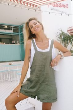 The Ollie Jumpsuit Linen Overall by LJCdesigns in 2020 Boho fashion summer Fashion Boho fashion Bohemian Summer, Bohemian Mode, Indie Outfits, Boho Outfits, Boho Summer Outfits, Summer Fashions, Casual Beach Outfit, Club Outfits, Casual Summer Dresses