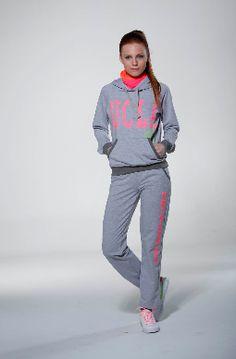 Bayan Spor Giyim