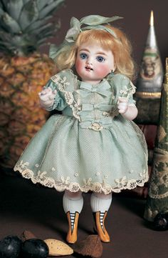 A Whispering of Dolls: 81 German All-Bisque Mignonette, Model 102, by Kestne