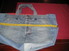 IMG_8378 Denim Shoulder Bags, Blue Jeans, Tote Bag, Purses, Sewing, Reuse, Ideas, Interior, Fashion