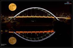 Supermoon 2016 #moon #sky #astronomy #full #moonlight #night #nature #supermoon #dark #planet #space #super #light #glow #round #sphere #universe #landscape #orange #big #perigee #rise #natural #astrology #2016 #harvest #november #eclipse #nashvillephotographer #nashville