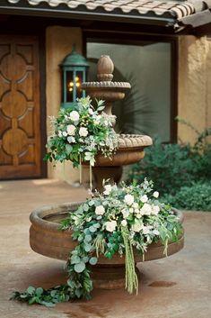 Rustic Succulent Filled Colorado Wedding With A Pretzel Bar – Sara Lynn 29 Floral Wedding, Fall Wedding, Wedding Flowers, Green Wedding, Wedding Bouquet, Wedding Ceremony, Wedding Trends, Wedding Designs, Succulent Pots