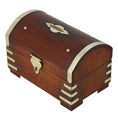 Coffre Trésor boîte à bijoux Tirelires en bois laiton décoration cadeau fait main pour femmes ShalinIndia http://www.amazon.fr/dp/B00QIM342K/ref=cm_sw_r_pi_dp_QoGTvb1Y038K4