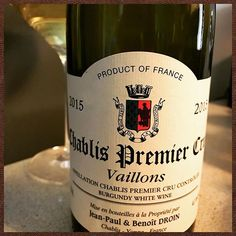 I love #chablis It possesses mystical powers that transport me.  #wine #bourgogne #winetasting #winery #winelover #winelovers #vin #wein #vino #vinho #κρασί #вино #ワイン #红酒 #somm #sommlife #cheflife #winegeek #wines #wineoclock #chardonnay