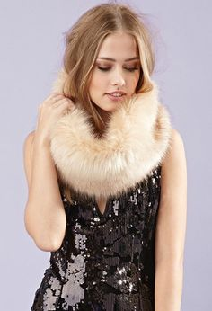 Forever 21 is the authority on fashion & the go-to retailer for the latest trends, styles & the hottest deals. Forever 21, Snood Scarf, Lightweight Scarf, Faux Fur, Fur Coat, My Style, Clothes, Scarf Outfits, Fur Scarves