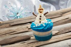 Indulge Your Sweet Tooth with Olaf's Just Chillin' Cupcake
