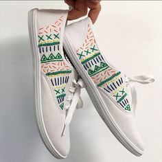 DIY: Hand Embroidered Shoes with Liz Payne Painted Canvas Shoes, Custom Painted Shoes, Painted Sneakers, Hand Painted Shoes, Custom Shoes, Embroidery Sneakers, Galaxy Shoes, Tenis Vans, Embroidery Fashion