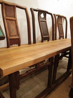 陋室space is a gorgeous cafe in Shanghai designed with upcycled furniture & wooden crates by Xiao Ke and his wife Address: 145 Nanchang Road, Near South Maoming Road, Luwan District SH