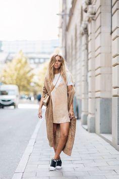 MODA - VESTIDO + T-SHIRT - Juliana Parisi - Blog