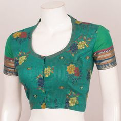 Hand Block Printed Cotton Blouse With Collar Neck Cotton Crop Top, Cotton Blouses, Printed Cotton, Blouse Patterns, Blouse Designs, Sewing Patterns, Collar Blouse, Blouse Online, Neck Pattern