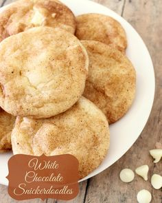 White Chocolate Snickerdoodles. Adding white chocolat chips makes them even BETTER! { lilluna.com }
