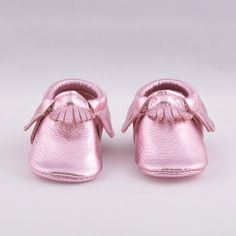 Frosted Rose leather mocks. Sizes 1-10. Perfect for squishy baby feet! #frostedrose