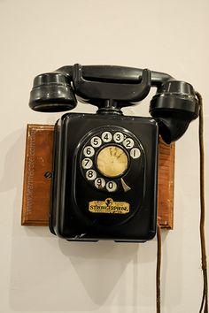 17 best los clsicos images on pinterest retro phone disney phone publicscrutiny Image collections