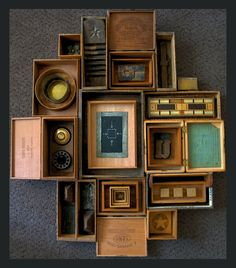 Boxed In Assemblage von Victoria Roberts Found Object Art, Found Art, Collages, Collage Art, Cigar Box Art, Shadow Box Art, Displaying Collections, Monochrom, Assemblage Art