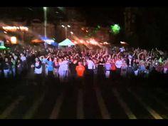Video live from a Hi-Q concert.
