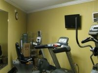 We have a fitness center available for guest use. Econo Lodge hotel near Buffalo, NY and Rochester, NY. Right off Exit 48a on the I-90. Darien Lake is right down the road!