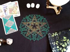 Celtic Knotwork Pentacle Embroidered Reversible Tarot Cloth, Rune Casting Cloth, Alter Cloth, Spread Cloth, Optional Matching Tie Sash by SeleneMoonGoddess on Etsy