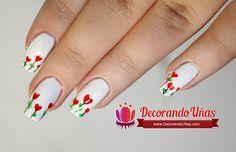 Uñas decoradas con corazones florales paso a paso - http://xn--decorandouas-jhb.com/unas-decoradas-con-corazones-florales-paso-a-paso/