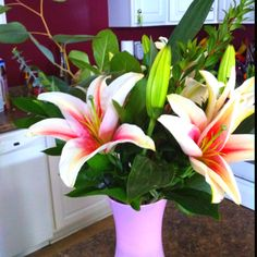 """I love getting """" just because"""" flowers! Thank you babe!"""