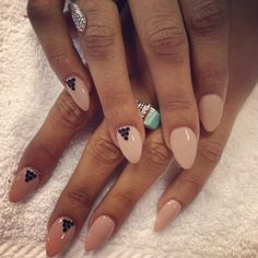 nails manicure http://askher.ro/trenduri-unghii-pentru-2013/
