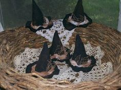 Make Witch Hat Primitive Halloween Ornies from Recycled Wool Clothing -