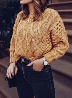 Love this color sweater! Its such a simple look but really cute and perfect for fall and winter | Sweater outfit ideas for winter | How to wear tan!